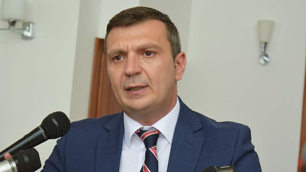 deputatul Silviu Hurduzeu